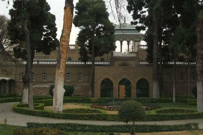 باغ سفارت انگلستان در محدوده پل صدر تهران