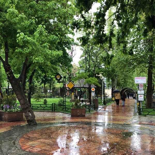 باغ موزه آب قلهک تهران